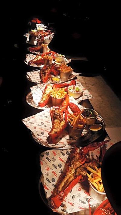 ted lobster burger